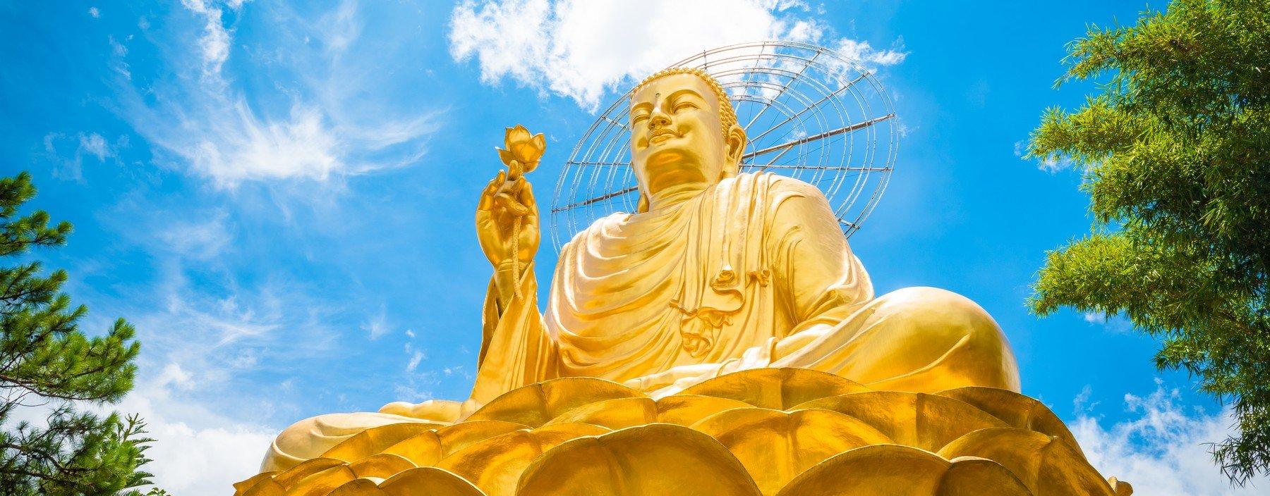 vn, dalat, big golden buddha.jpg