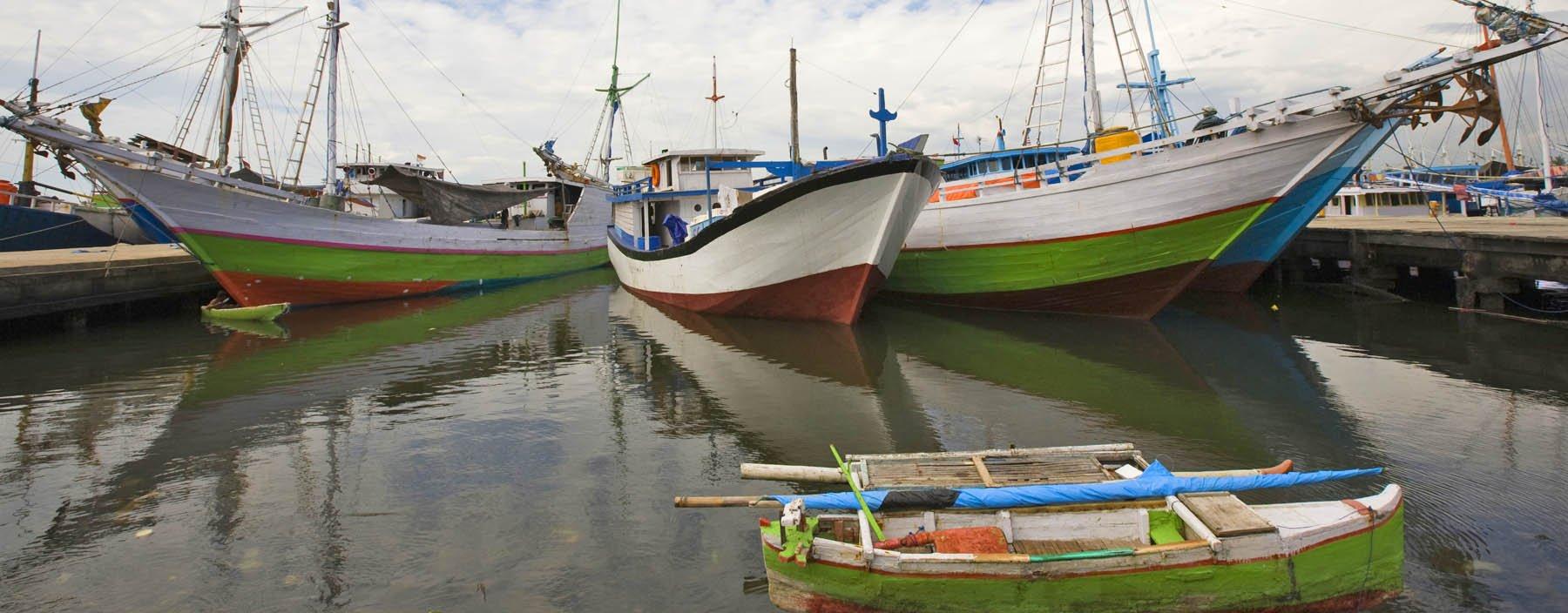id, sulawesi, makassar, paotere harbor (1).jpg