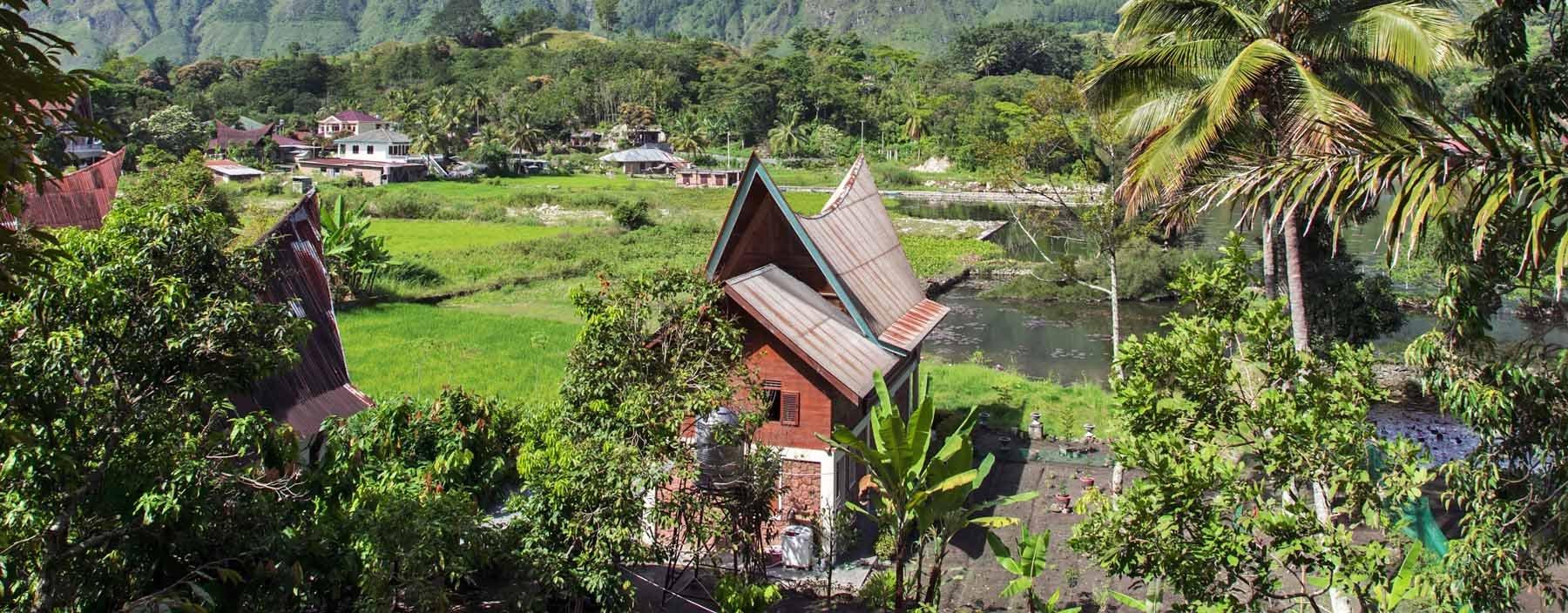 id, sumatra, rural landscape. lake toba.jpg