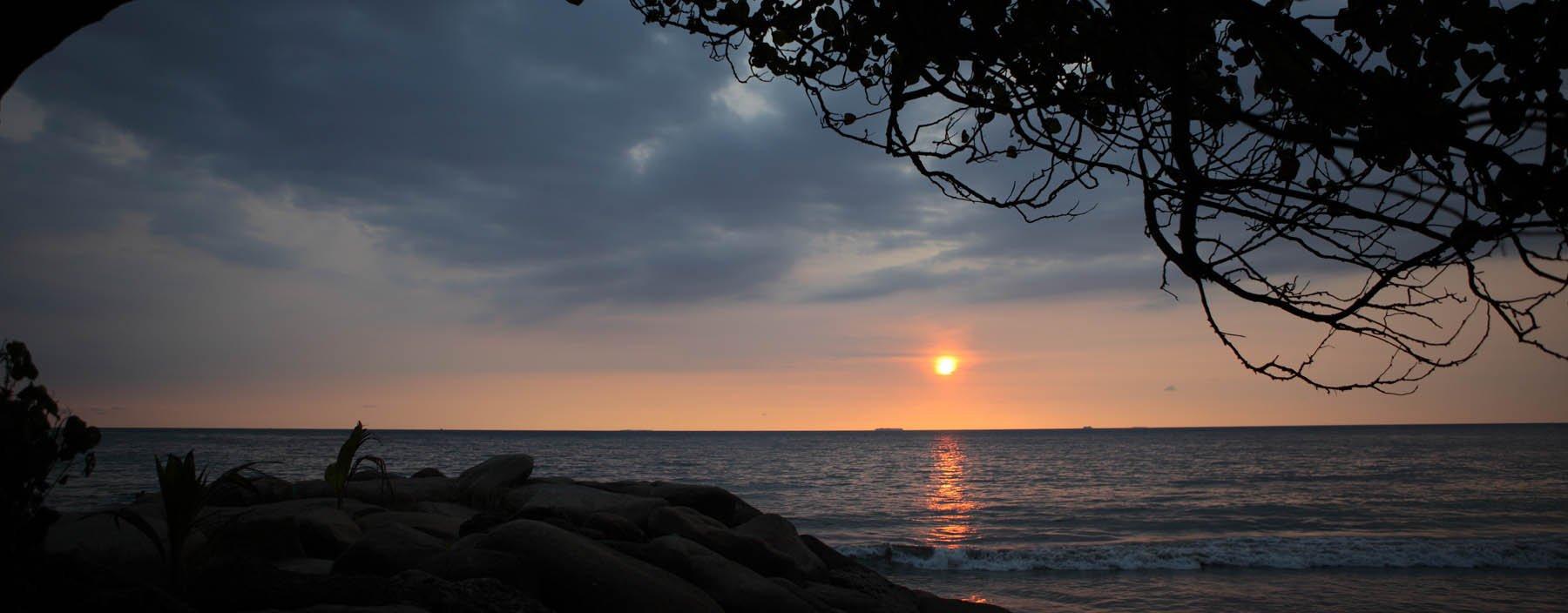 id, sumatra, padang, zee en zonsondergang.jpg