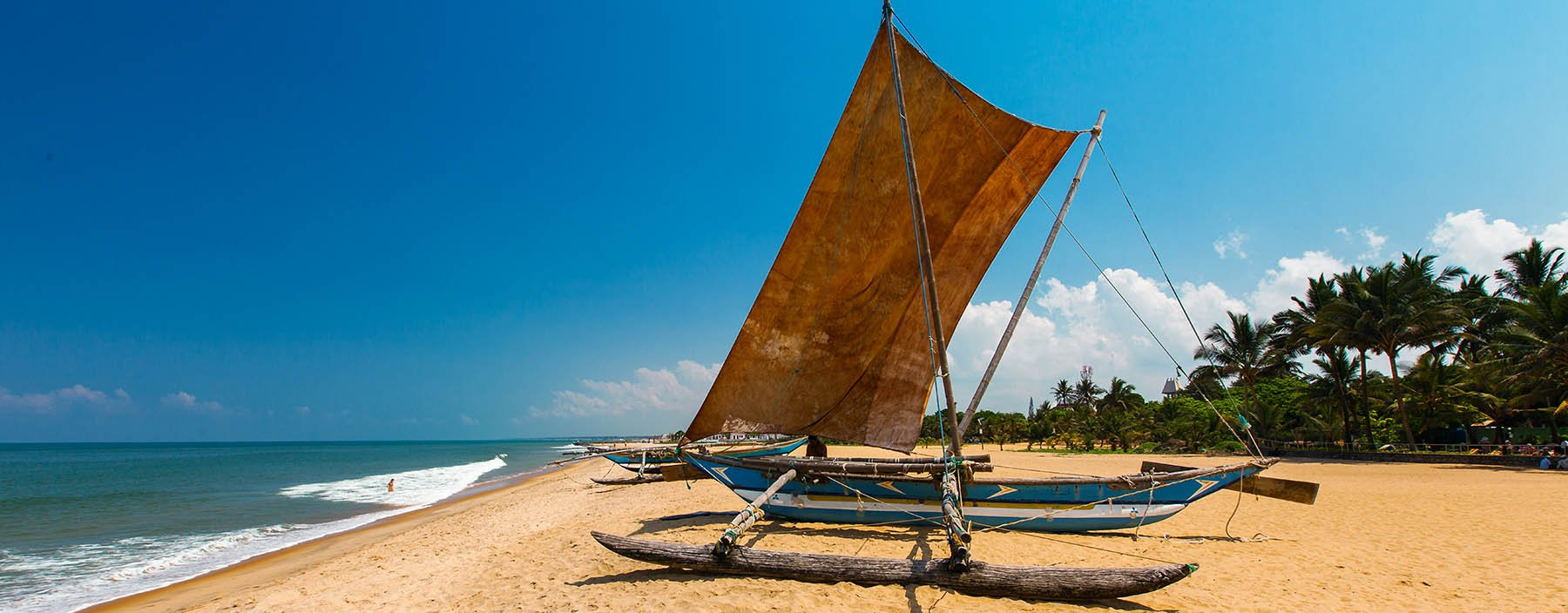 sri lanka, negombo, beach.jpg