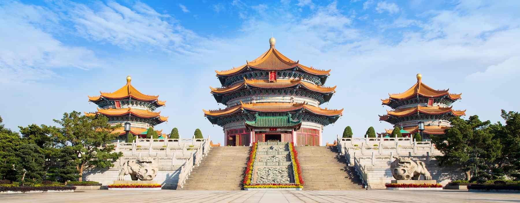 cn, guangzhou, yuanxuan taoist temple.jpg
