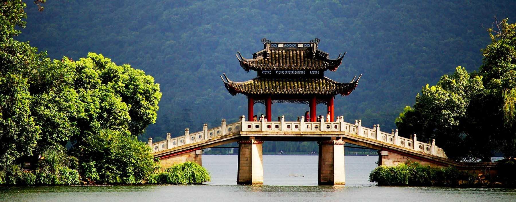 cn, hangzhou,famous pavilion bridge-yu dai qiao (jade belt).jpg