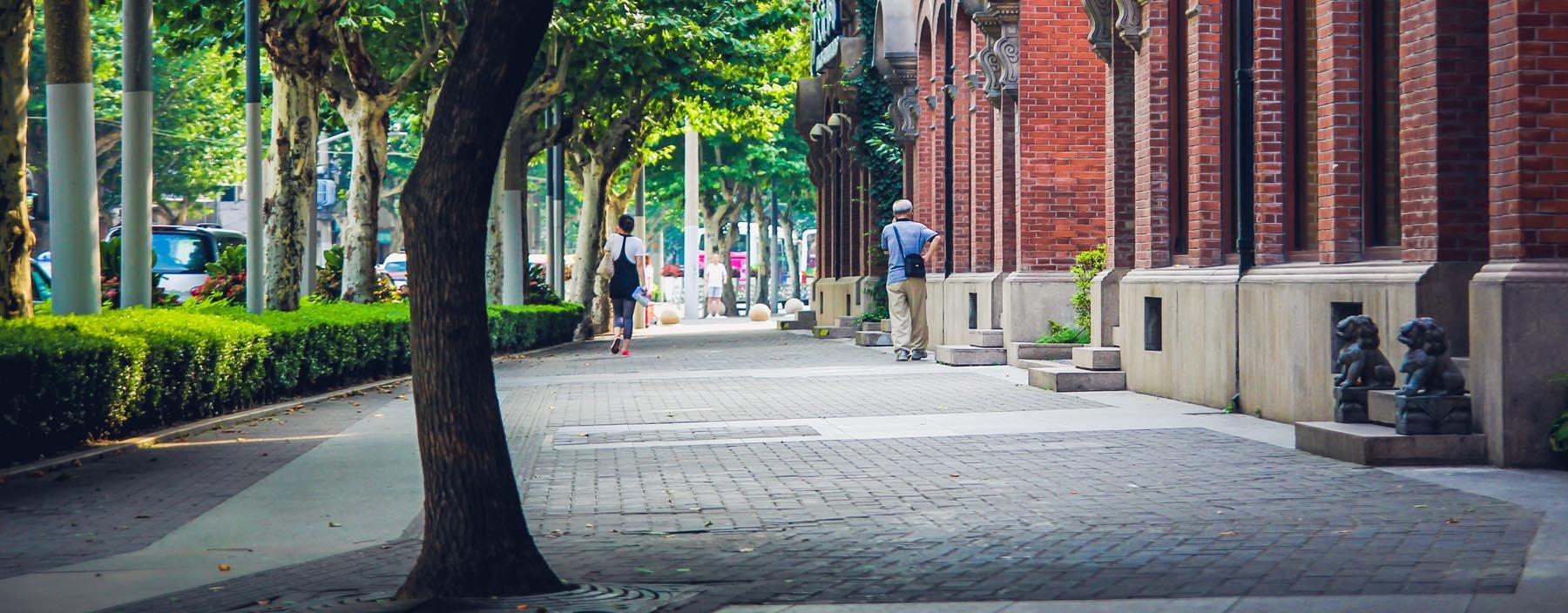 cn, shanghai, straat franse wijk.jpg
