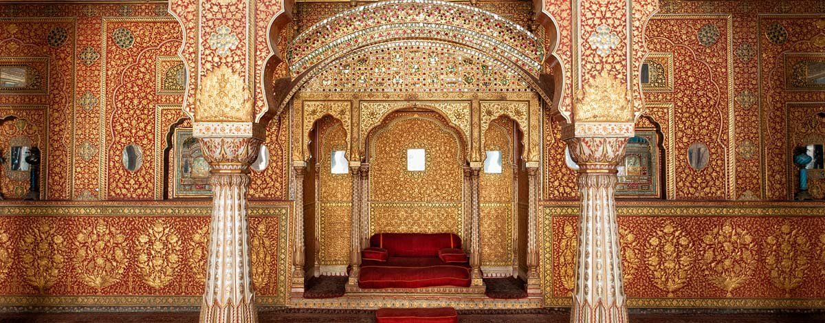 in, bikaner, audience hall in junagarh fort.jpg