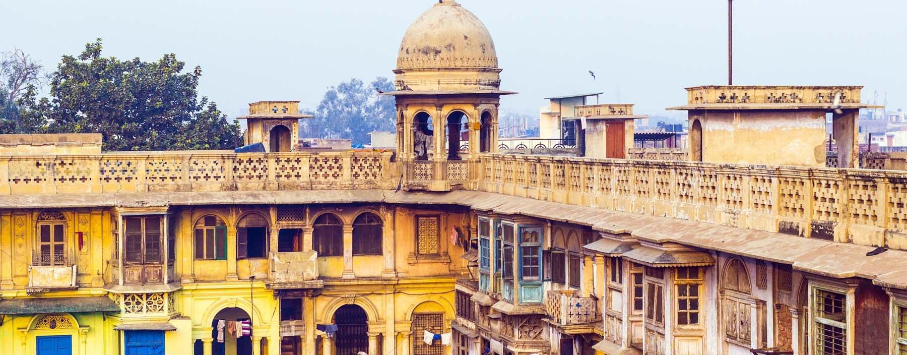 in, delhi, typical houses in old delhi.jpg