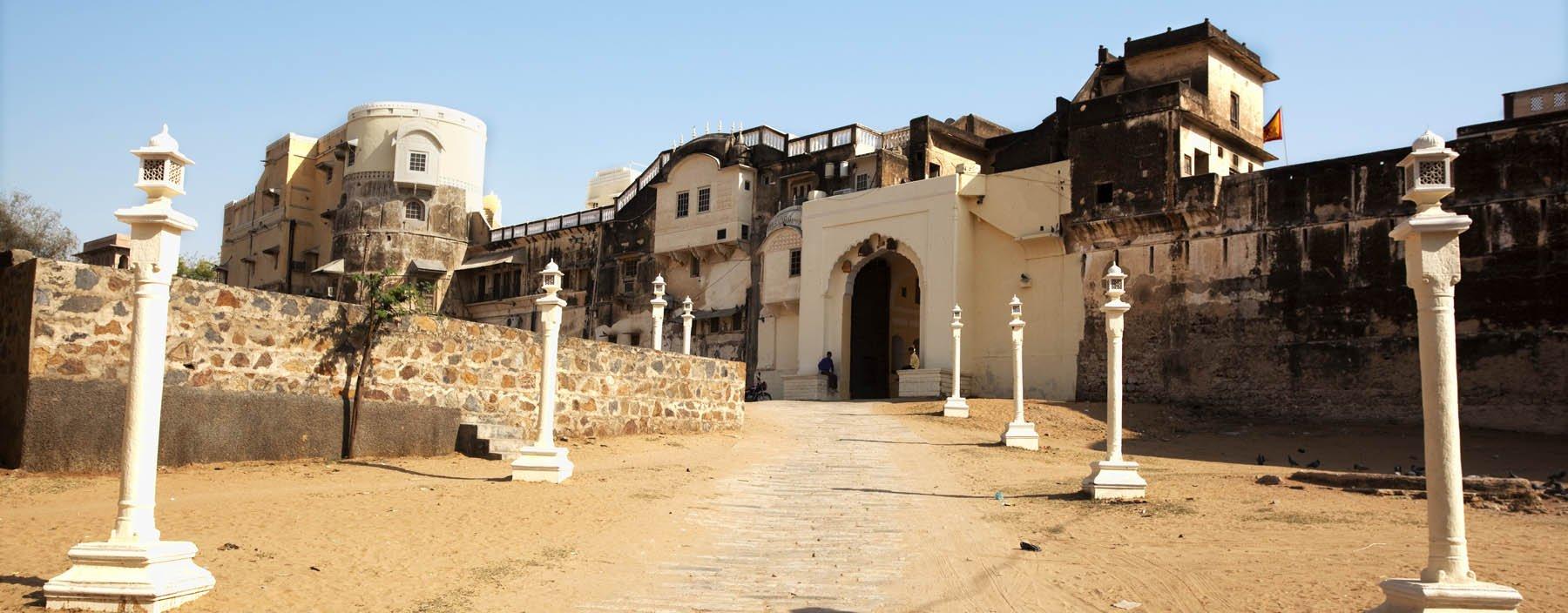 in, mandawa, fort of mandawa.jpg
