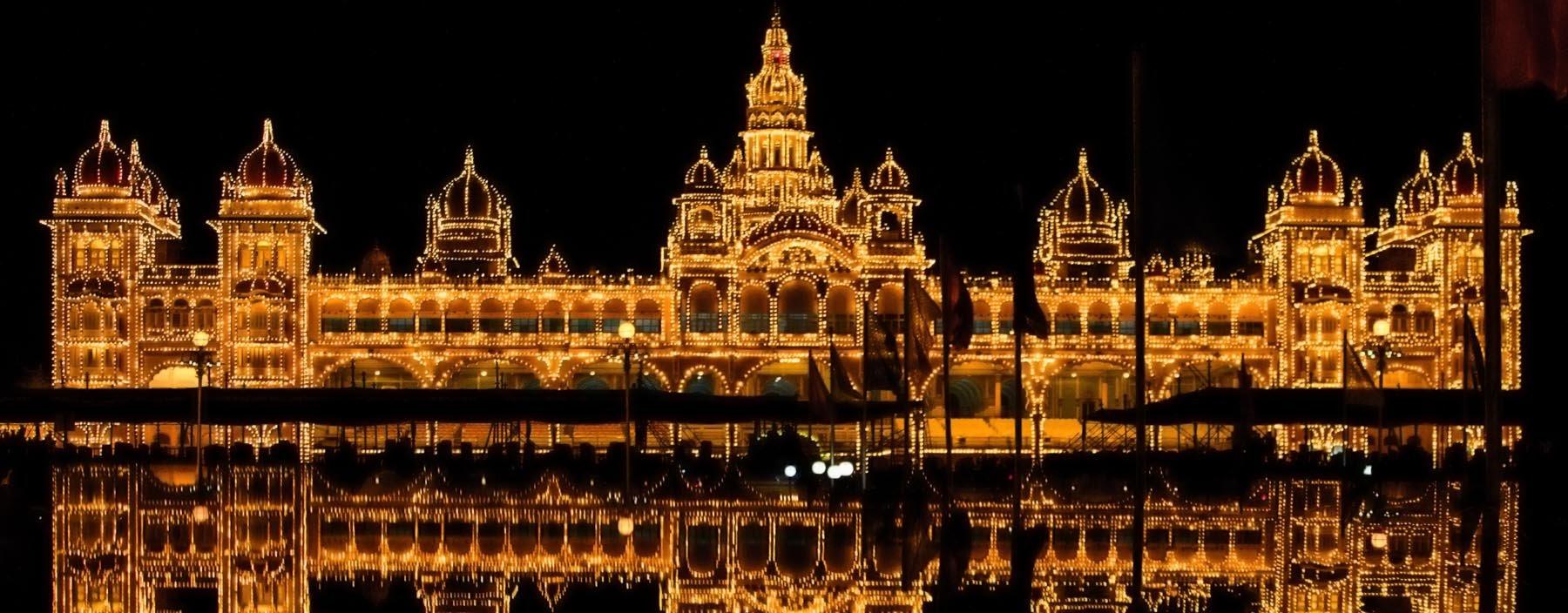 in, mysore, koninklijk paleis (3).jpg