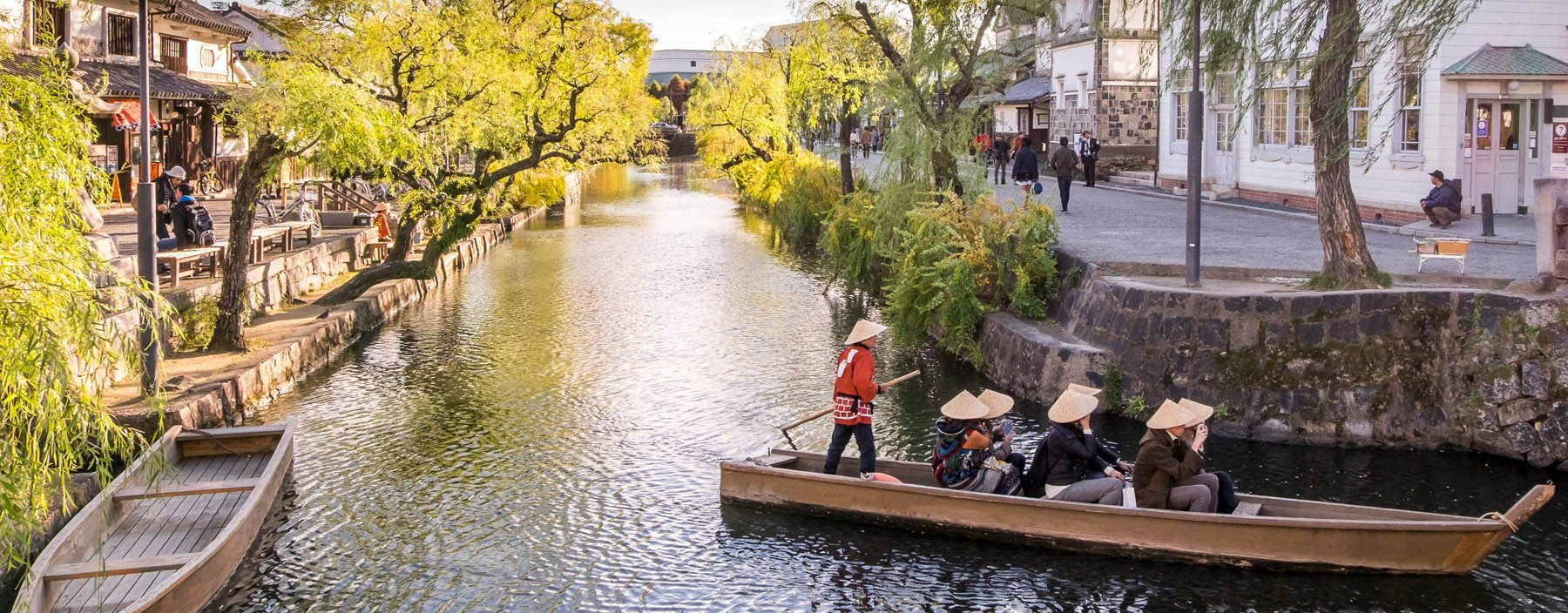 jp, kurashiki, rivier kurashiki historisch centrum.jpg