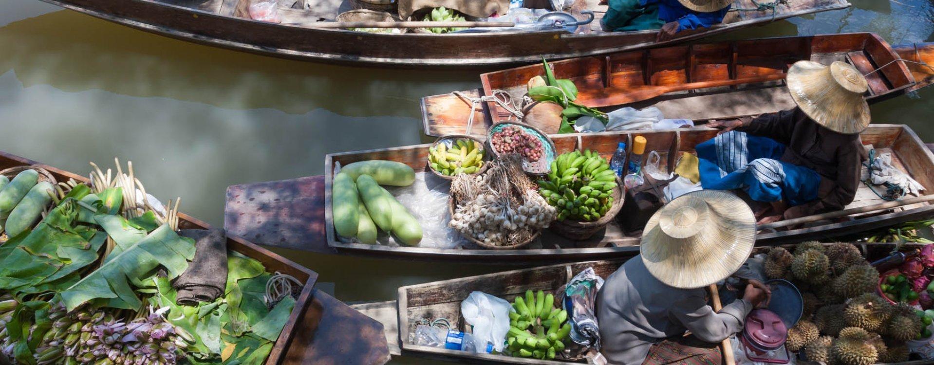 Floating Market Damnoen Saduak