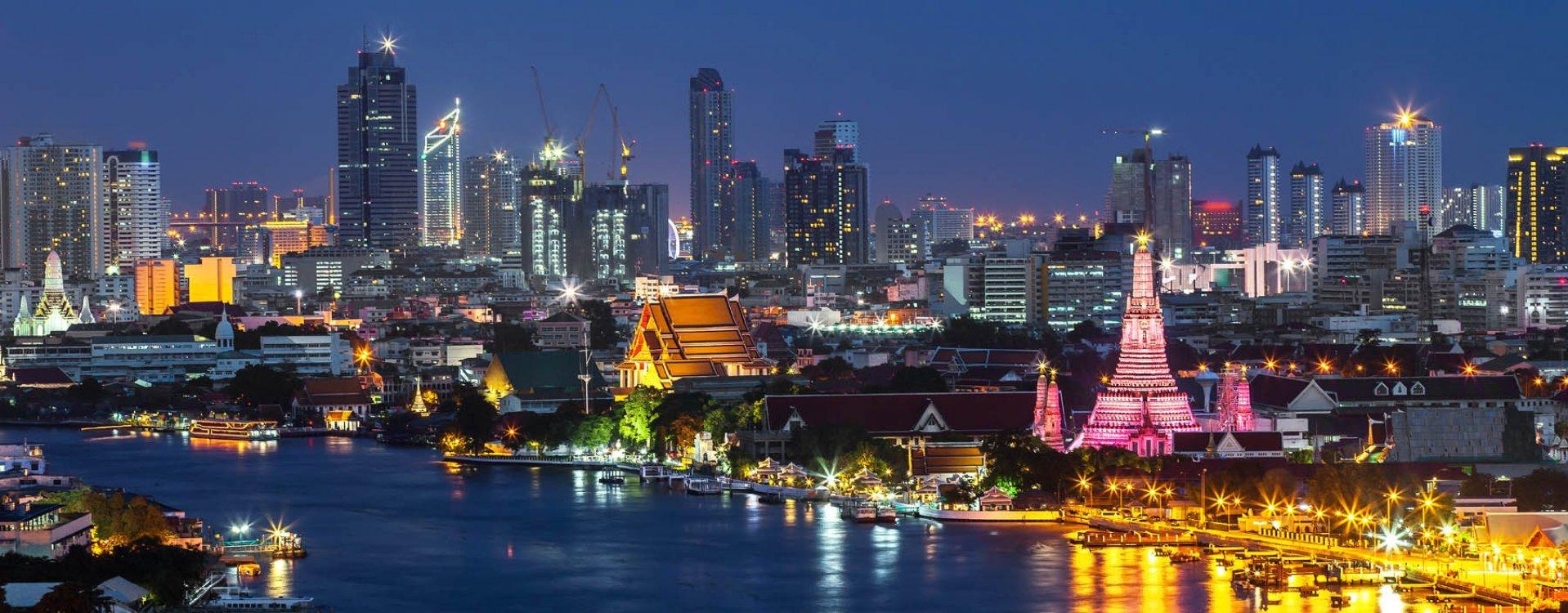 Uitzicht Chao Phraya rivier, Bangkok